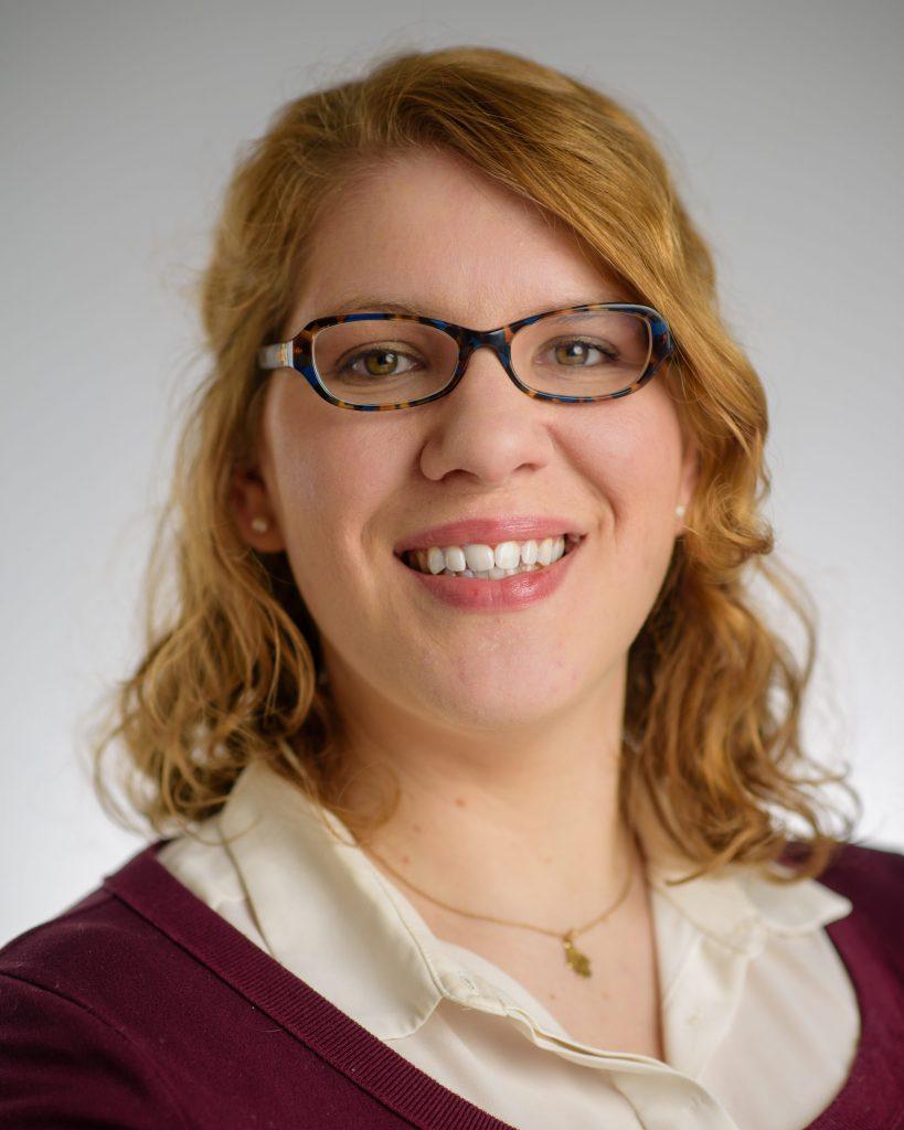Elizabeth Schrimpf Headshot