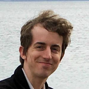 Chris Lund Headshot